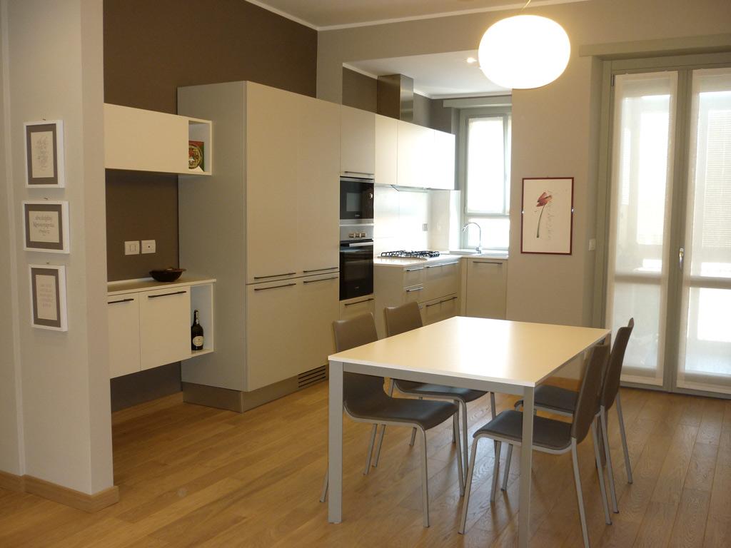 Arredamento Cucine A Torino.Ristrutturazione E Arredamento Di Un Alloggio Di 70 Mq A Torino